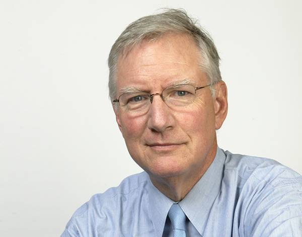 This image has an empty alt attribute; its file name is tom_peters.jpg